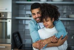 Concubins locataires : qui garde le logement en cas de séparation?