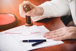 Décès d'un proche et succession: le recours à un notaire est-il obligatoire?