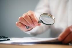Fabrication, usage et détention de faux documents