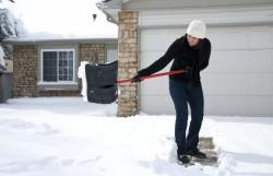 Neige sur son trottoir : qui est chargé du déneigement?
