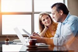 Taux de prélèvement à la source : choisir entre un taux personnalisé, individualisé ou non personnalisé