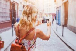 Séjourner en France: que peut-on emporter dans ses bagages?