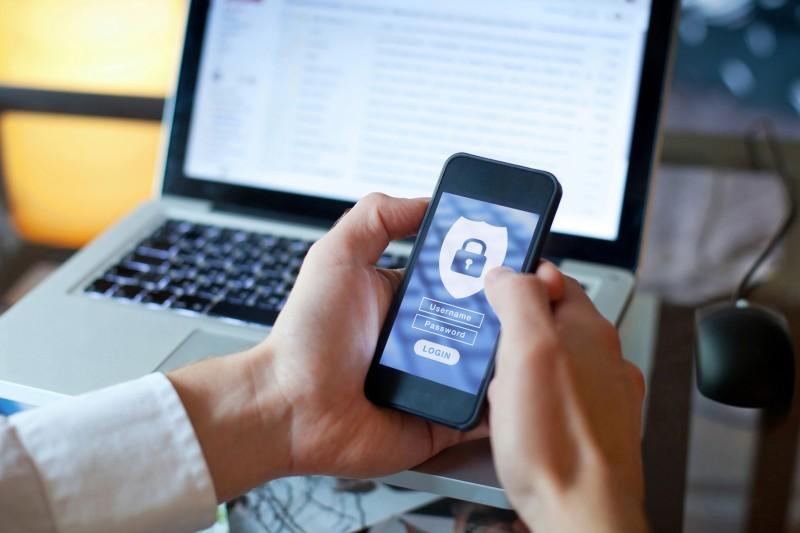 Choisir un bon mot de passe pour sécuriser son compte en ligne