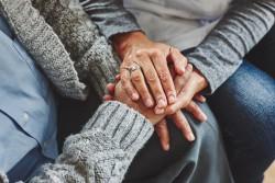 Allocation d'accompagnement d'une personne en fin de vie : conditions et montant
