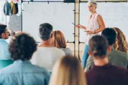 Formations des travailleurs indépendants : contacts formation et attestation CFP