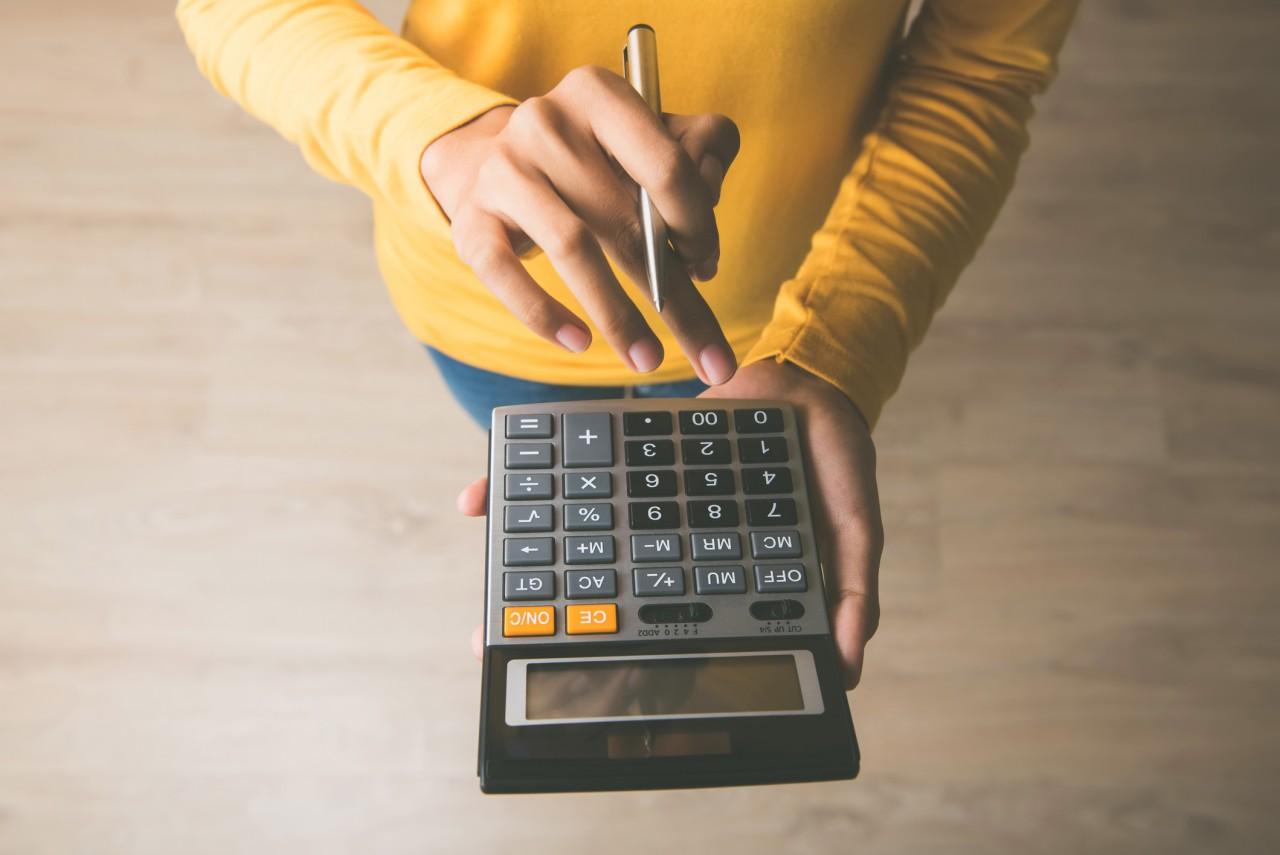 Simulation du calcul des charges du micro-entrepreneur