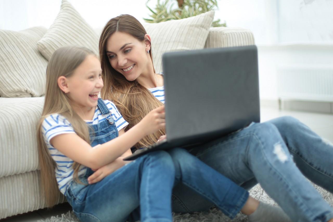 Les conseils pratiques du CSA pour protéger les enfants des écrans