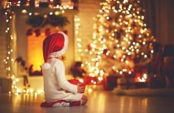 Sapin de Noël en feu: précautions à prendre pour éviter l'incendie