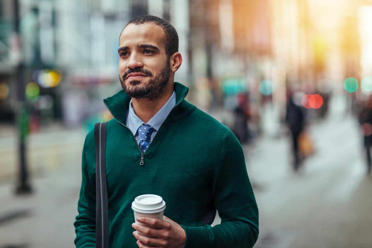 Étudiants étrangers: demander une Autorisation Provisoire de Séjour pour travailler en France après l'obtention d'un diplôme